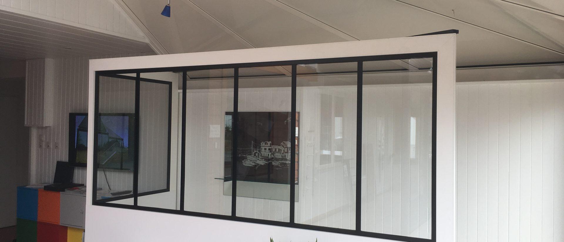 cloisons vitr es et verri res type atelier. Black Bedroom Furniture Sets. Home Design Ideas